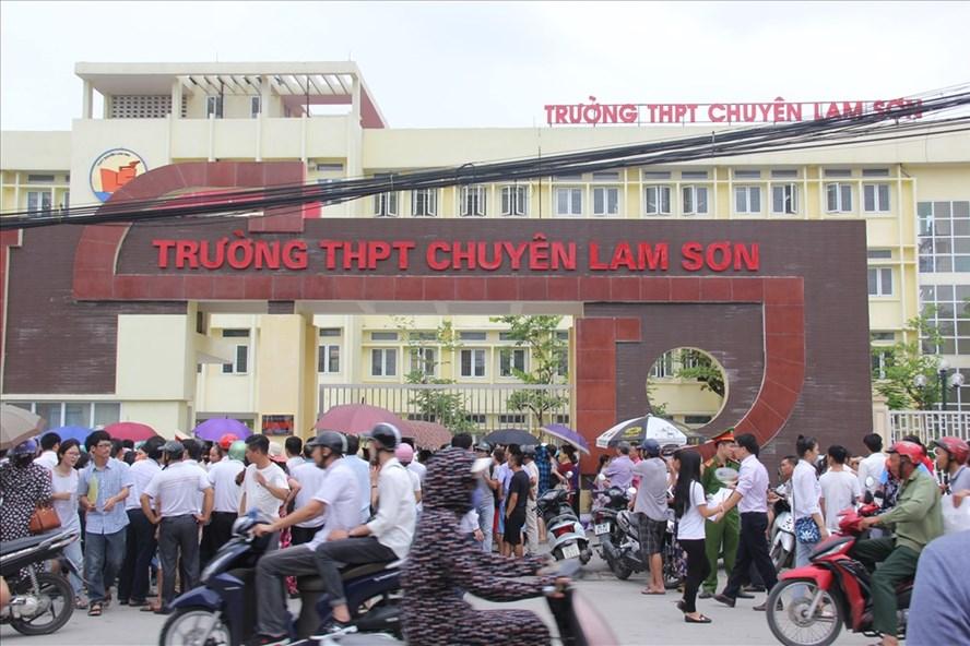 Điểm thi tại Trường THPT chuyên Lam Sơn (Thanh Hoá). Ảnh: T.L
