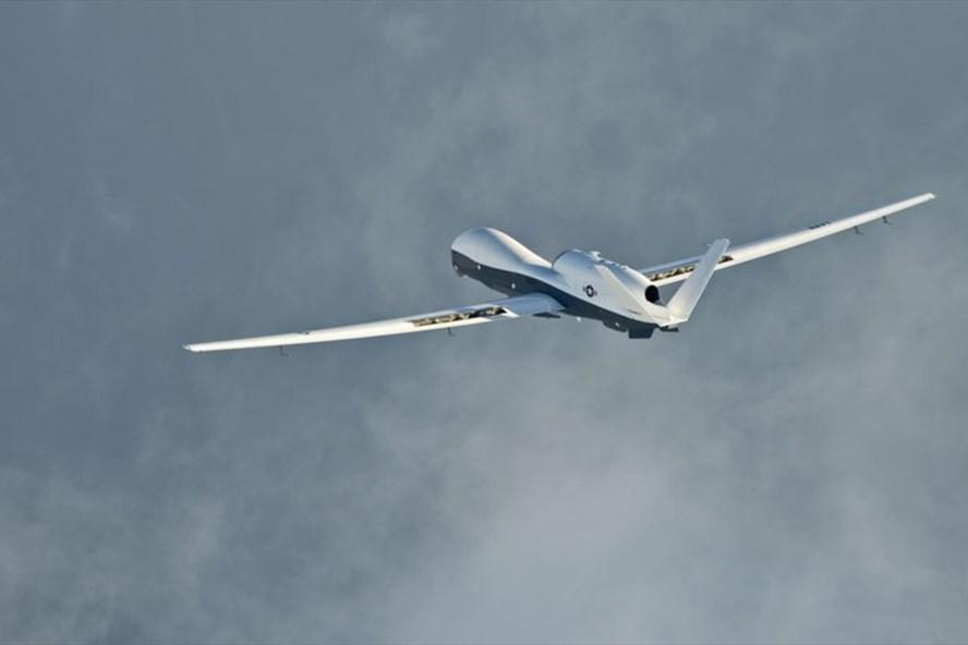 Máy bay trinh thám không người lái MQ-4C Triton của Mỹ. Ảnh: Reuters