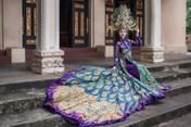 """Trước thềm chung kết Miss Asia World, Chi Nguyễn """"sốc nặng"""" khi quốc phục bị cắt nát"""