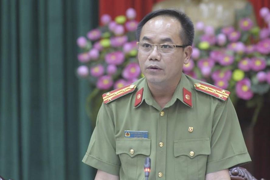 Đại tá Nguyễn Thanh Tùng, Phó Giám đốc Công an TP. Hà Nội phát biểu tại giao ban báo chí ngày 3.7. Ảnh Trần Vương