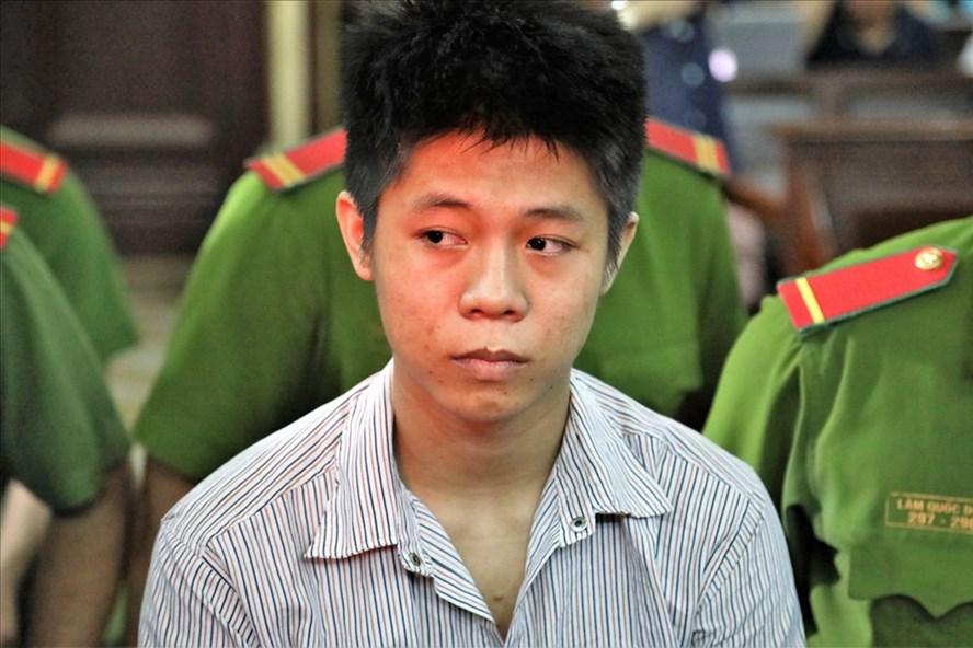 Chân dung Nguyễn Hữu Tình - nghi phạm sát hại 5 người trong nhà ông chủ vì bị chê lười biếng. Ảnh: Trường Sơn