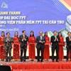 Thủ tướng Nguyễn Xuân Phúc cắt băng khánh thành giai đoạn 1 tổ hợp Đại học và công viên phần mềm FPt tại Cần Thơ.