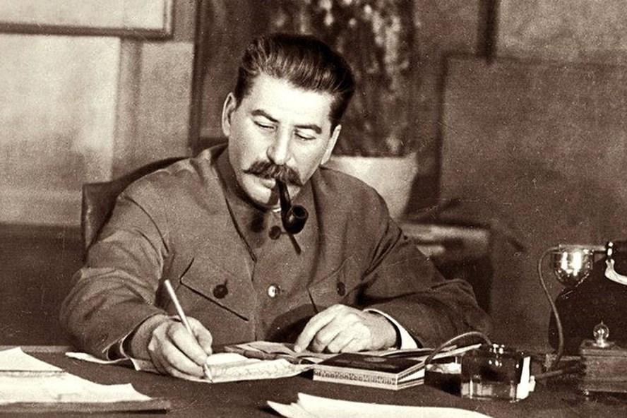 Chủ tịch Ủy ban quốc phòng Nhà nước Liên Xô I.V. Stalin - Ảnh: Interfax