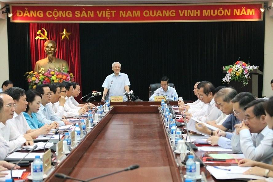 Tổng Bí thư Nguyễn Phú Trọng làm việc với Ban Tuyên giáo Trung ương ngày 1-8-2018. Ảnh: tuyengiao.vn.