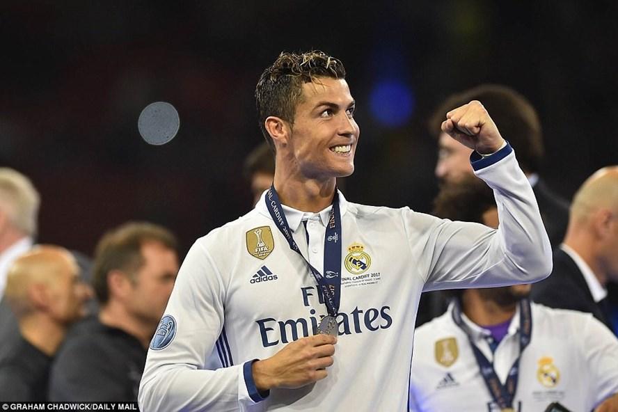 Cristiano Ronaldo đã giành được nhiều danh hiệu lớn nhỏ khi ở Real Madrid. Ảnh: Daily Mail