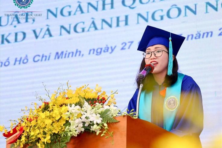 Thủ khoa Trường ĐH Luật TPHCM chia sẻ bí quyết học tập đến tân sinh viên