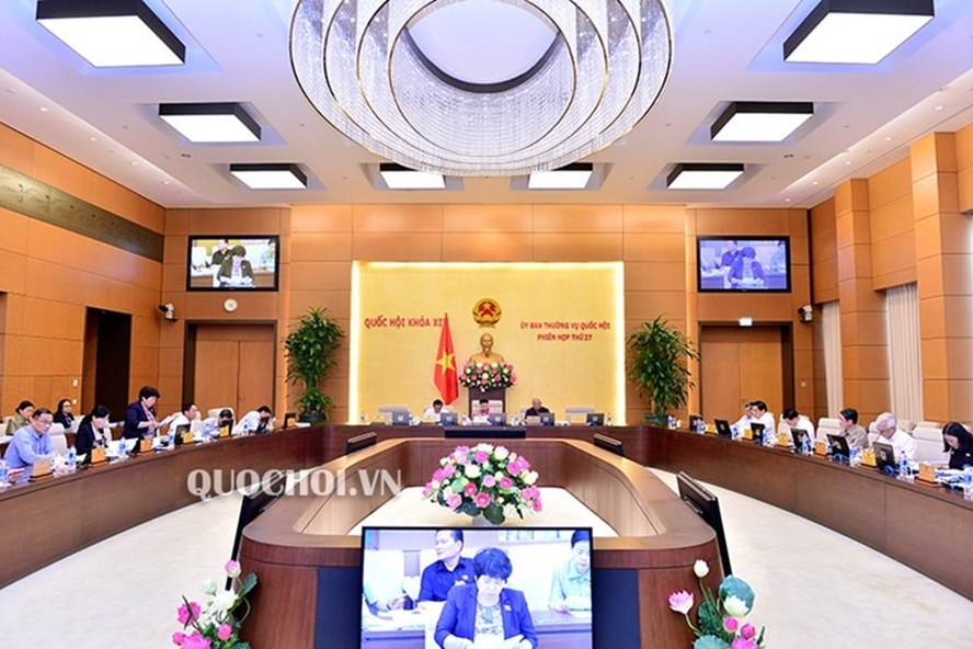 Phiên họp thứ 27 của Ủy ban Thường vụ Quốc hội (Ảnh: QH)