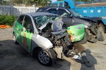 Hai phương tiện trong vụ tai nạn