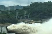 Mưa lũ hoành hành, Thủy điện Hòa Bình, Sơn La phải mở thêm cửa xả đáy