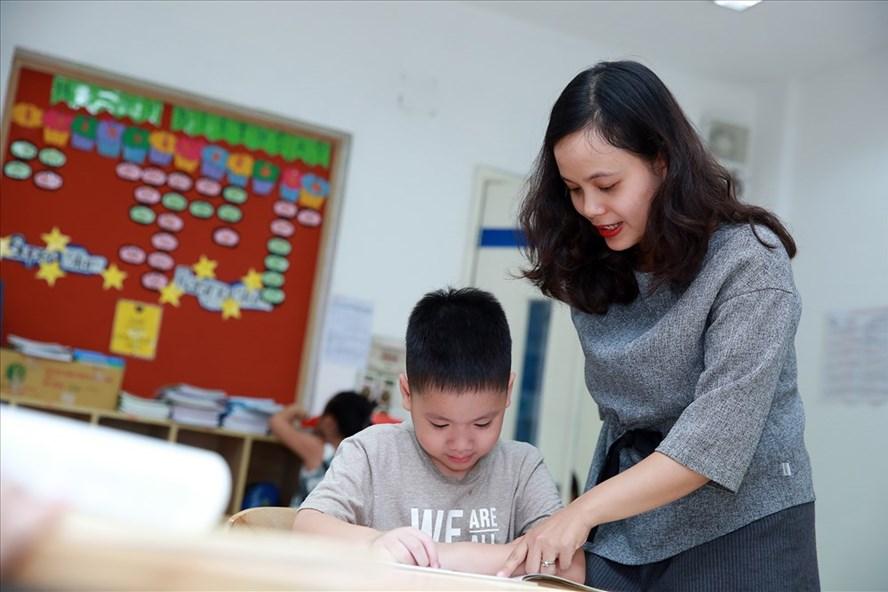 """Chủ đề của cuộc thi là """"Những kỷ niệm sâu sắc về thầy cô và mái trường mến yêu"""". Ảnh: Hải Nguyễn"""