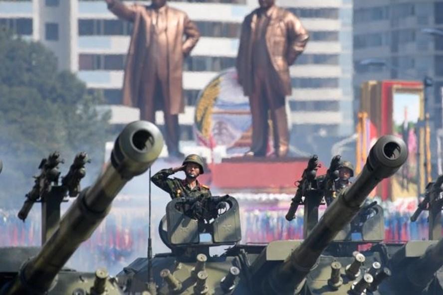 Triều Tiên duyệt binh ngày 9.9 mừng Quốc khánh. Ảnh: CNN