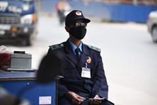Bên công trường cao tốc 5.300 tỉ: Dân HN sống trong bụi đường mù mịt