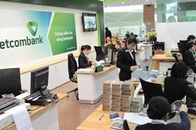 Hàng loạt ngân hàng báo lãi khủng, có nơi cao kỷ lục