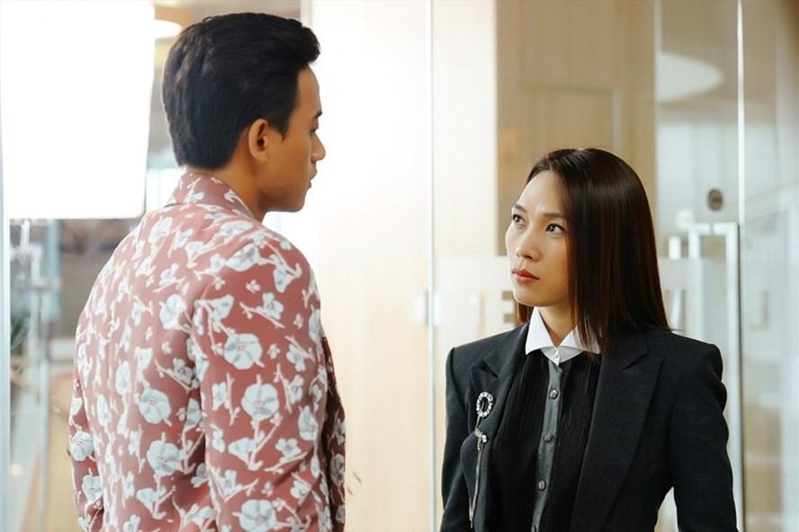 Mỹ Tâm (vai Khả Doanh) và Mai Tài Phến (vai Phúc Nam) trong phim. ảnh do CGV cung cấp.