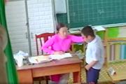 Gắn camera trong lớp học liệu có giảm bạo hành học sinh?