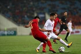 """Alfred Riedl chọn """"kèo"""" Việt Nam dù Indonesia nhập tịch cầu thủ Brazil"""