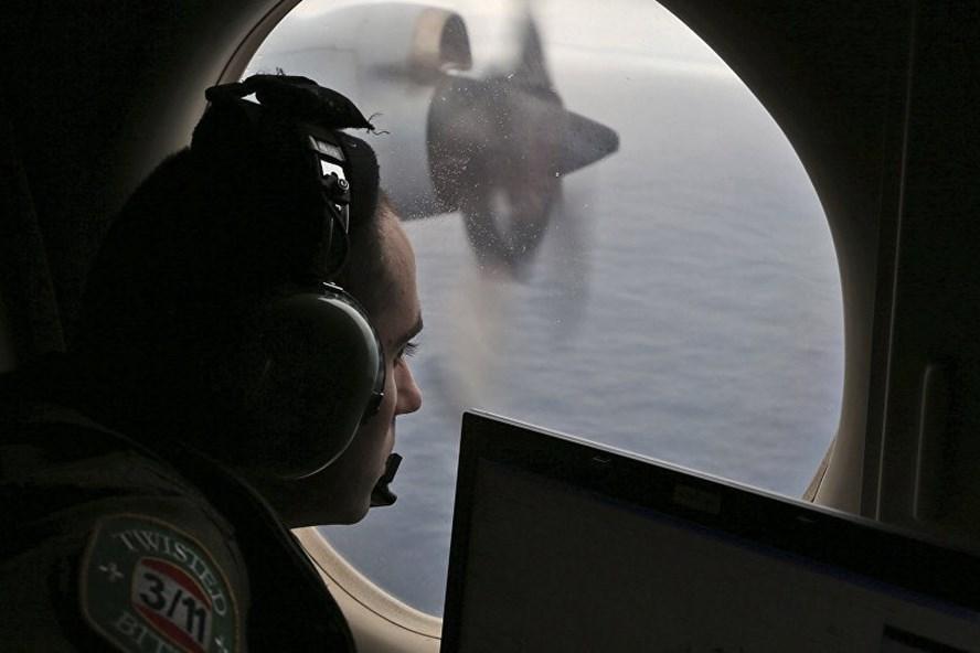Tìm kiếm MH370 ở phía nam Ấn Độ Dương năm 2014. Ảnh: AP