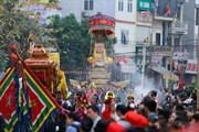 Nô nức dự lễ rước tại hội làng Triều Khúc
