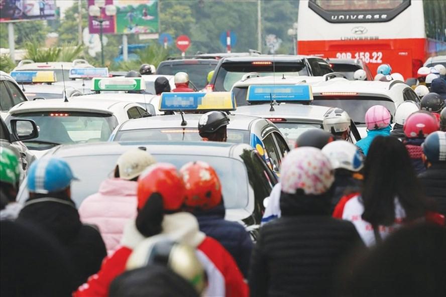 """Hoạt động taxi trên địa bàn TP.Hà Nội cần phải quản lý chặt, tránh tình trạng lộn xộn, hoạt động """"chui"""". Ảnh minh họa: Hải Nguyễn."""