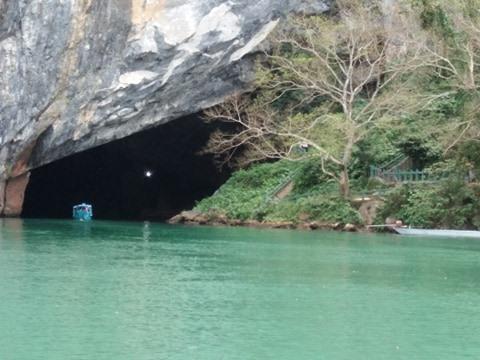 Động Thiên Đường và dòng sông Son, nơi lưu giữ những huyền tích về tình yêu trai gái