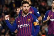Barcelona vs Lyon: Ronaldo gọi, Messi có trả lời?