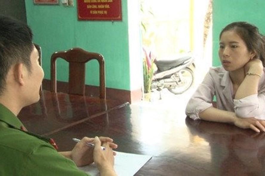 Chị Nhung dựng chuyện tặng thịt bò cho CSGT vì sợ bị chủ đuổi việc.