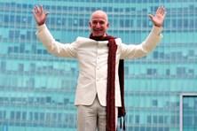 Ngưỡng mộ với cách kiếm tiền của Jeff Bezos - người giàu nhất thế giới