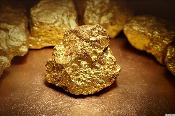 Gia Vang Online: Giá Vàng Hôm Nay 8.3: Mua, Bán Trầm Lắng, Vàng Tiếp Tục