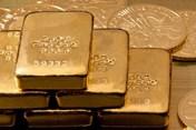 """Giá vàng hôm nay 10.4: Vàng tiếp tục tăng, lấy lại phong độ """"số 1"""""""