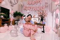 Trường Giang hạnh phúc đón sinh nhật bên vợ, tiết lộ tên con gái?