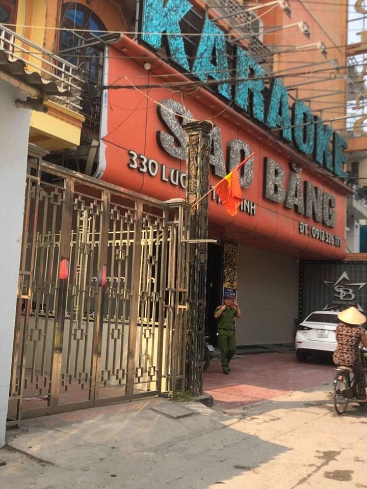 3 người thương vong trong vụ nổ súng tại quán karaoke ở Nam Định