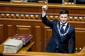Nóng nhất hôm nay: Diễn viên hài tuyên thệ nhậm chức Tổng thống Ukraine