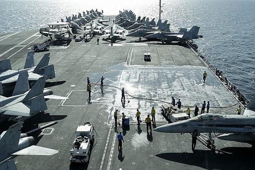 Tàu sân bay Mỹ USS Abraham Lincoln. Ảnh: AP