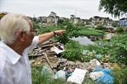 """Hồ Linh Quang ngập trong rác thải, dân bịt mũi bên """"lá phổi xanh"""" một thời"""