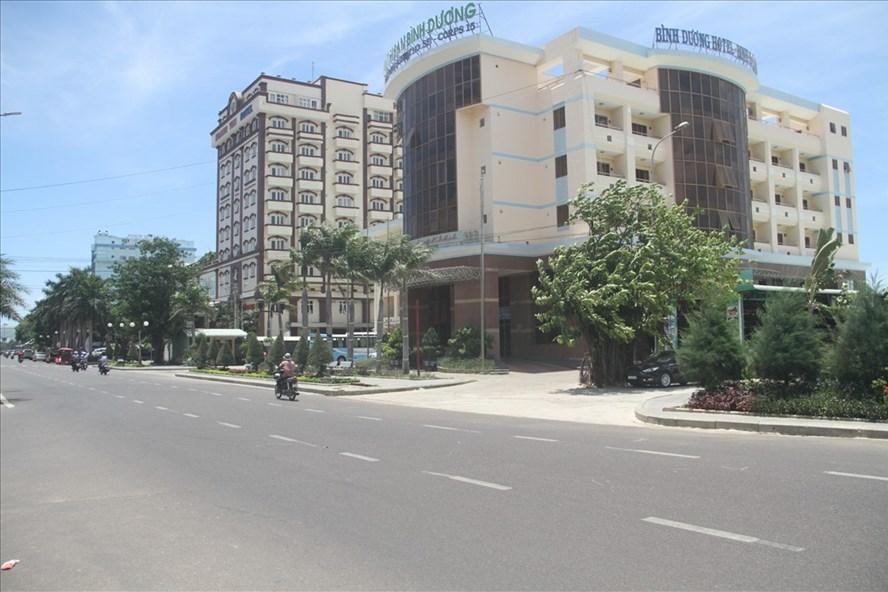 Tỉnh Bình Định hỗ trợ 32 tỉ đồng để di dời khách sạn.