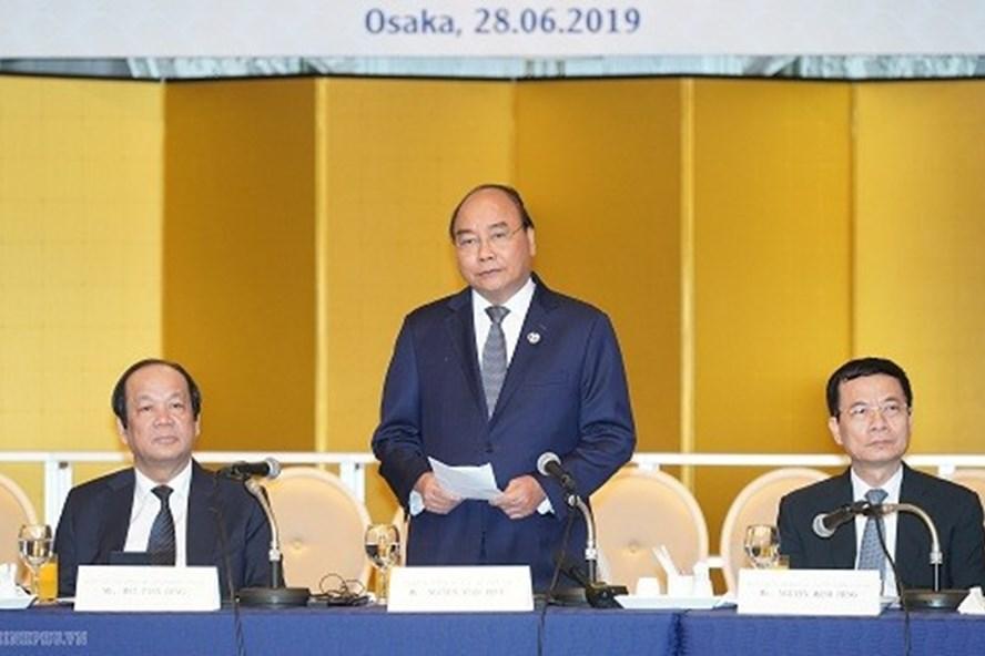 Thủ tướng Nguyễn Xuân Phúc phát biểu tại cuộc gặp gỡ với các tập đoàn công nghệ hàng đầu Nhật Bản. Ảnh: VGP.