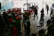 Chủ nhà hàng bị bắt vì liên quan đến vụ hỗn chiến ở biển Hải Tiến