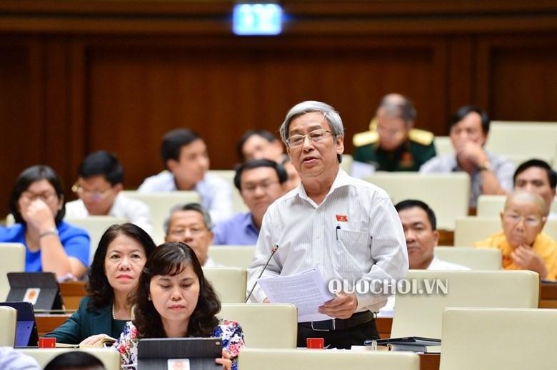 Đại biểu Lê Xuân Thân đề nghị truy trách nhiệm các cơ quan bảo vệ trẻ em trước nạn xâm hại trẻ em. Ảnh: Quochoi.vn