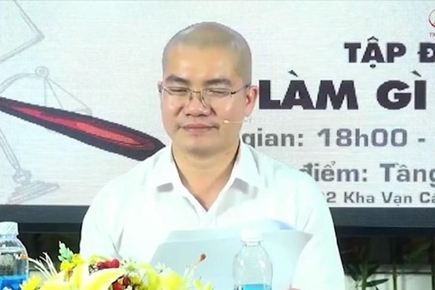 Ông Nguyễn Thái Luyện, Chủ tịch công ty Địa ốc Alibaba xúc phạm lực lượng công an xã. Ảnh: Hoàng Hưng.