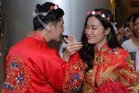 Đông Nhi - Ông Cao Thắng bất ngờ được tổ chức lễ cưới ngay tại sân bay