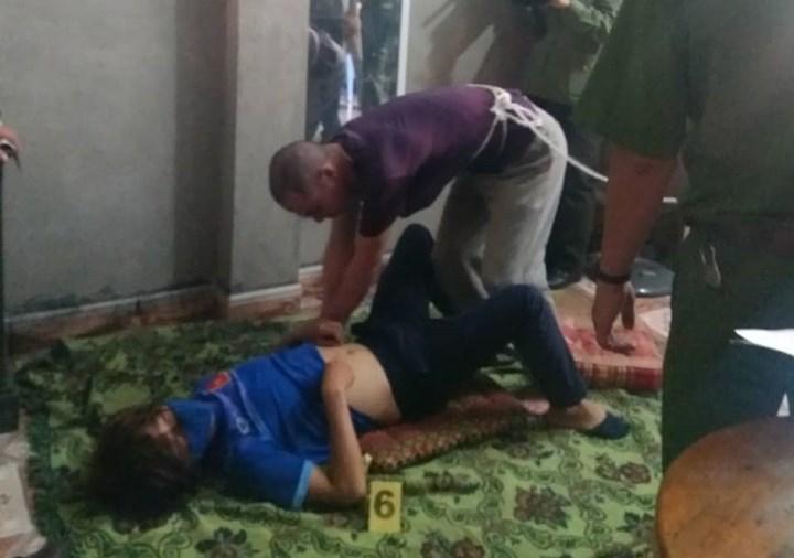 """Thực nghiệm điều tra: Đối tượng hãm hại nữ sinh giao gà """"diễn"""" lại tội ác"""