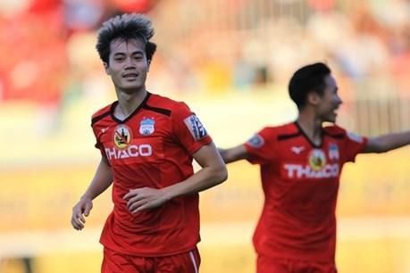 Văn Toàn bứt tốc ghi bàn lọt top 5 bàn thắng đẹp nhất vòng 16 V-League 2019