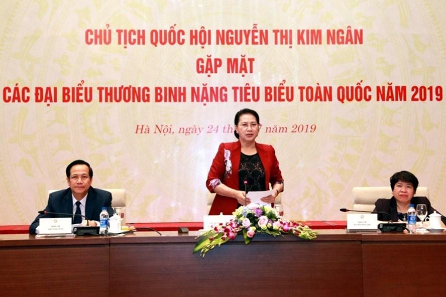 Chủ tịch Quốc hội Nguyễn Thị Kim Ngân phát biểu tại cuộc gặp mặt. Ảnh Mạnh Dũng