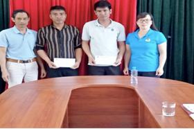 LĐLĐ huyện Điện Biên Đông thăm hỏi, động viên đoàn viên khó khăn
