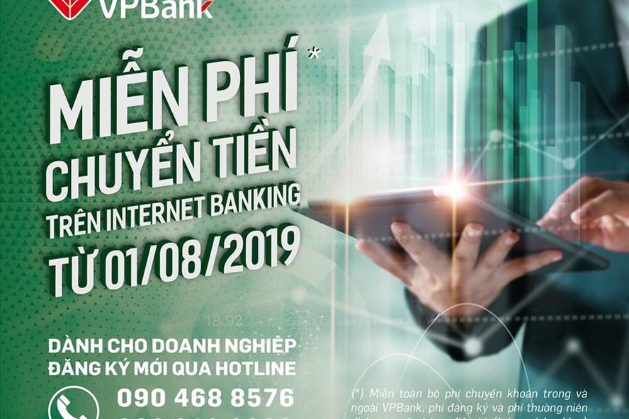 VPBank sẽ thực hiện miễn phí chuyển khoản trong và ngoài hệ thống, miễn phí đăng ký và miễn phí thường niên của dịch vụ VPBank Online đối với tất cả các khách hàng doanh nghiệp. Ảnh: VPBank