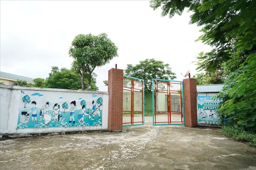 Cơ sở giáo dục mầm non Tuổi Thơ tại thị trấn Thanh Chương bị yêu cầu tháo dỡ để đấu giá đất. Ảnh: QĐ