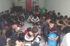 Hơn trăm thanh niên tụ tập đua xe náo loạn Quốc lộ 1A bị tạm giữ