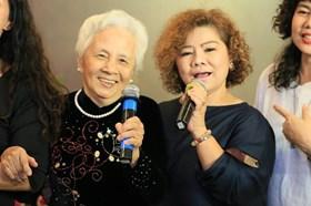 50 tuổi từng muốn bỏ hát, NSND Thanh Hoa tiết lộ người bí mật kéo quay lại