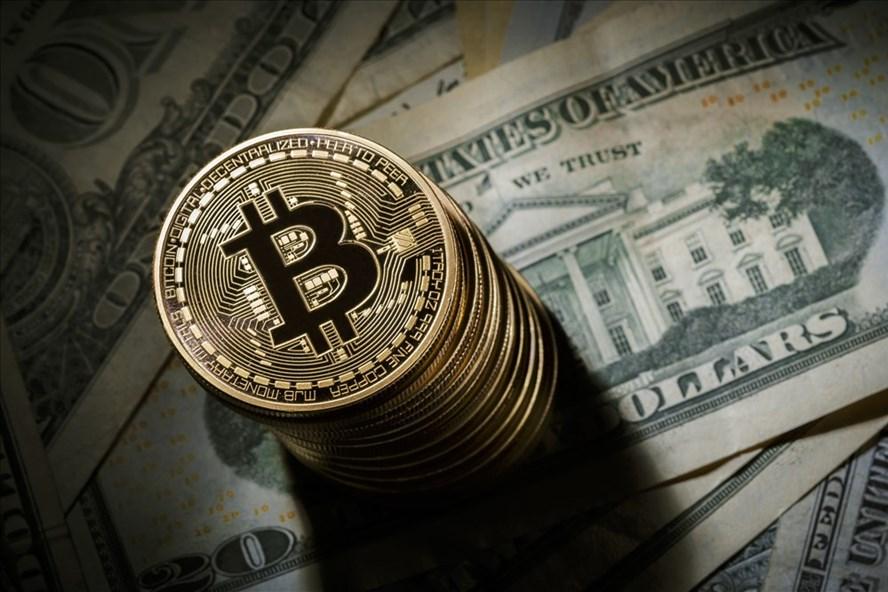 Giá tiền ảo hôm nay (4.8): Bitcoin bật lên vùng giá 10.000 USD. Ảnh BTC