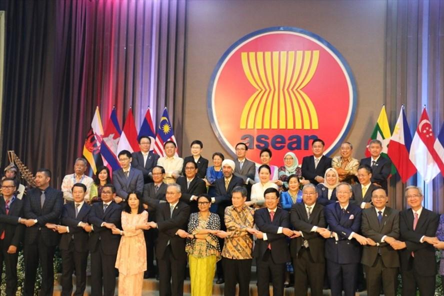Phó Thủ tướng, Bộ trưởng Ngoại giao Phạm Bình Minh dự Lễ Khánh thành trụ sở mới Ban Thư ký ASEAN và Lễ Kỷ niệm 52 năm thành lập ASEAN, ngày 8.8.2019 tại Jakarta, Indonesia. Ảnh: BNG